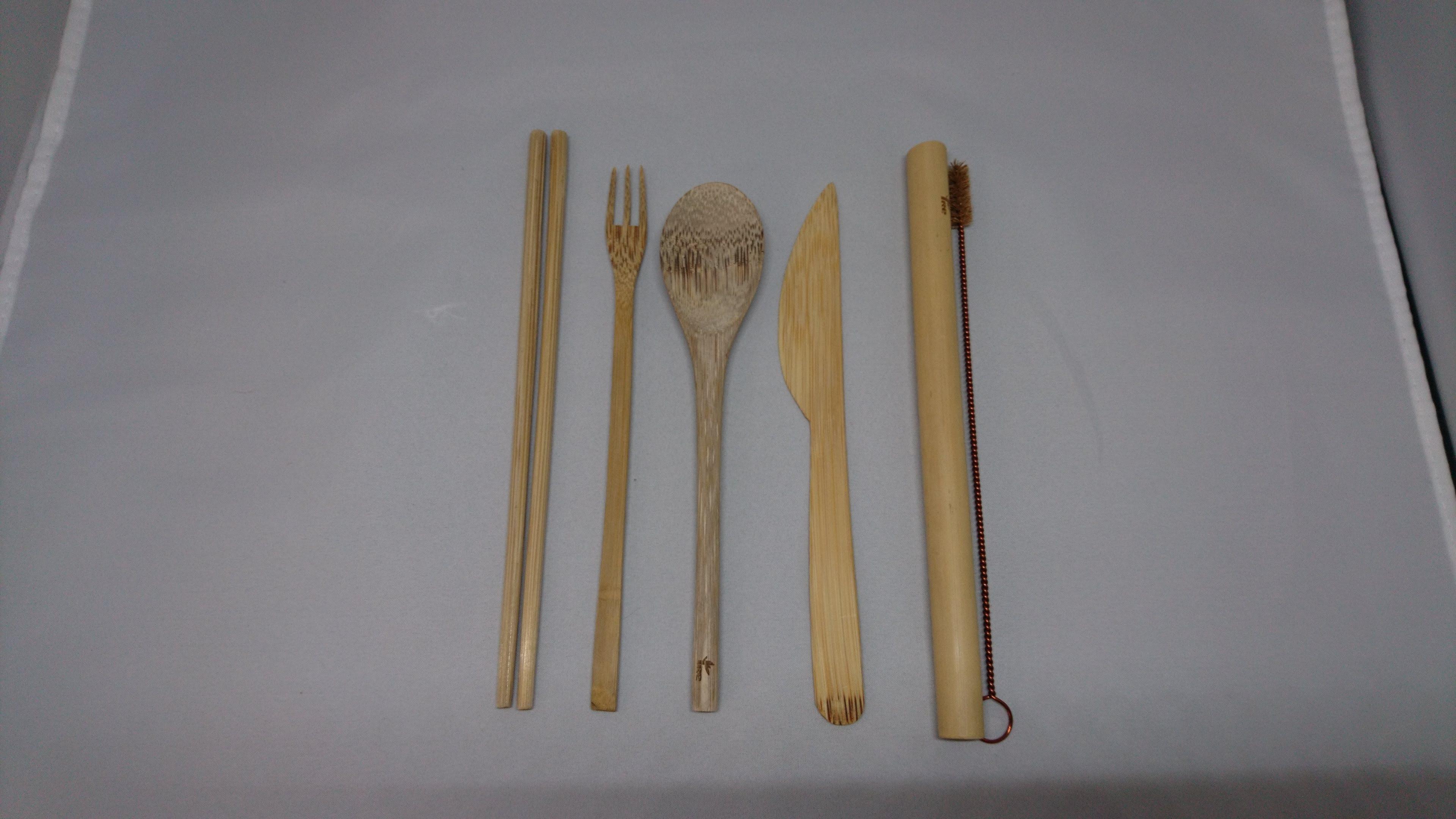 天然素材(再利用可能/生分解性)竹製マイ箸7点セット(再利用可能ストロー付き)