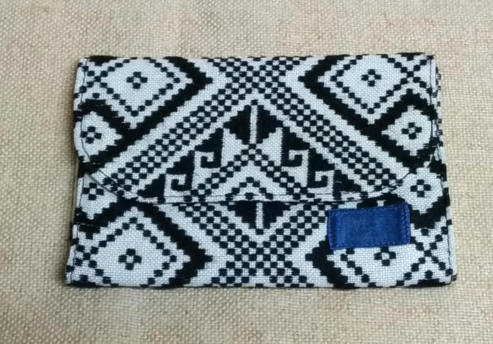 タイ族伝統浮き織り生地<見えるカードケース>