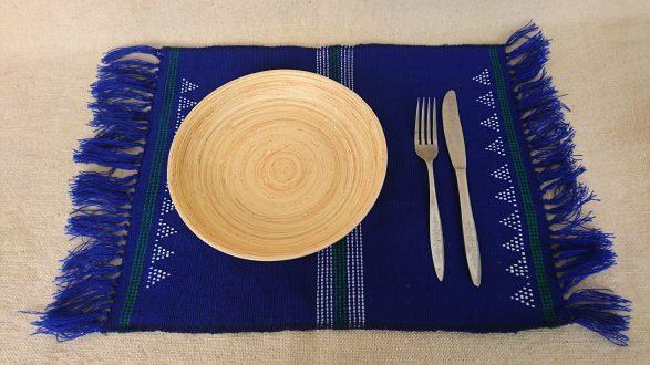 ターオイ族ビーズ織りランチョンマット