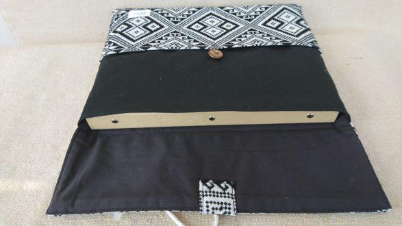 タイ族伝統浮き織り生地<ブリーフケース>A4ワイドサイズ横型(厚手)