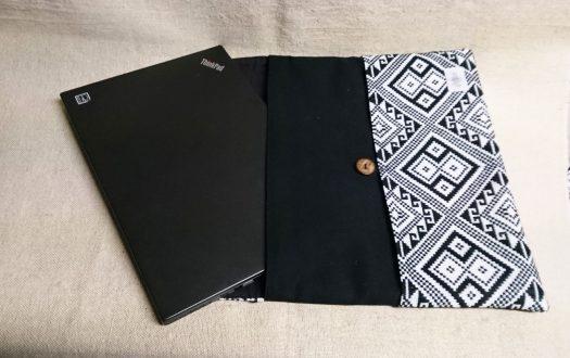 タイ族伝統浮き織り生地<クラッチバッグ>A4サイズ横型(厚手)