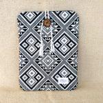 タイ族伝統浮き織り生地<クラッチバッグ>B5サイズ縦型(薄手)