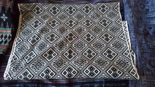 タイ族浮き織り