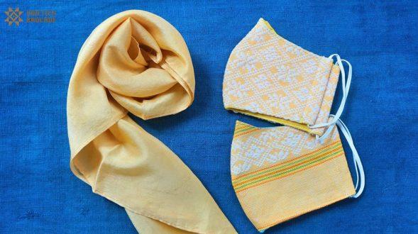 草木染めのハンドメイドのスカーフ&マスクセット